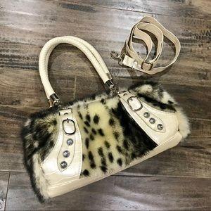 Handbags - 🖤Faux Fur Bag🖤